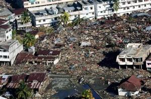 tsunami_aceh-300x196